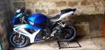 Мотоцикл Спортбайк SUZUKI GSX-R