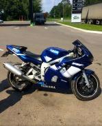 Мотоцикл Спортбайк Yamaha R6
