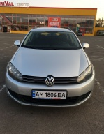 Volkswagen Golf 1.6 TDI BlueMotion DSG (105 л.с.)