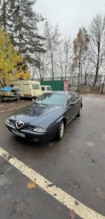 Alfa Romeo 166