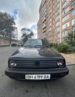 Volkswagen Golf 1.8 MT (90 л.с.)
