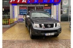 Nissan Navara 3.0 dCi Turbo AT 4WD (231 л.с.)