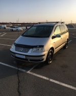 Volkswagen Sharan 1.8 AT (150 л.с.)