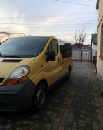 Renault Trafic 1.9 dCi MT (100 л.с.)