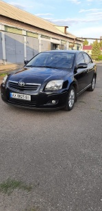 Toyota Avensis 1.8 AT (129 л.с.)